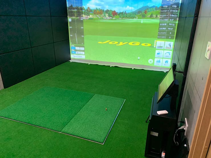 Install `` Joy Golf Smart + '' at a Customer's own home in Tokyo.